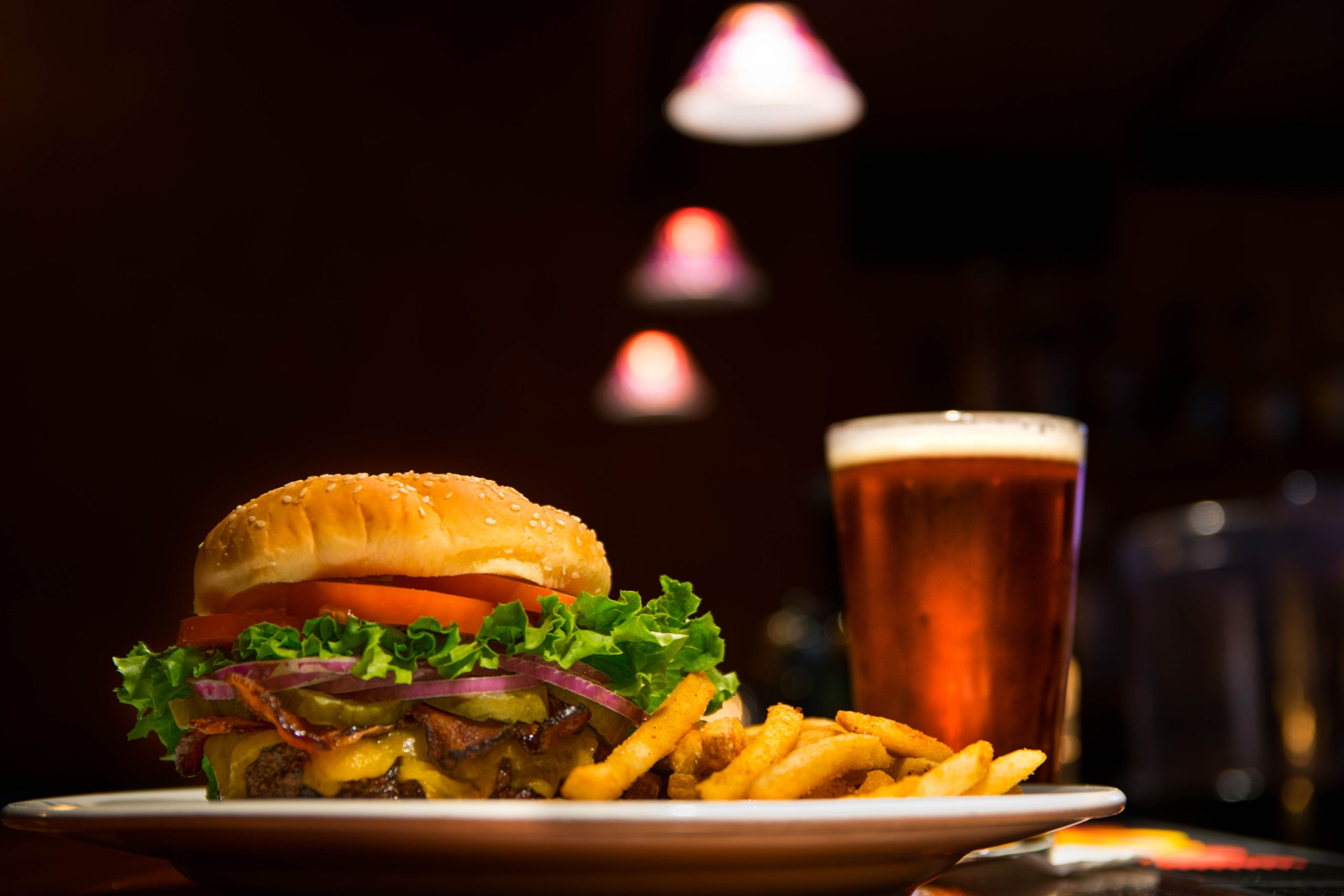 Burger, fries and a pint | How you can prevent an after dinner dip